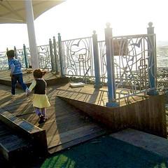 어린이날 (at 오이도 서울 한국) (anokarina) Tags: seoul boardwalk southkorea nofilter oceanpark 서울 한국 oido yellowsea 어린이날 오이도 kyeongkido canonpowershotsd3500is instagram koreascape eorininal