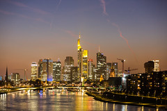Frankfurt Skyline (ralphlenges) Tags: frankfurt luminale luminale2016