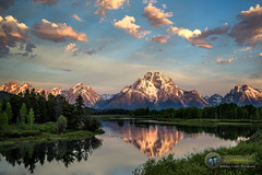 Ducks at The Bend (Theaterwiz) Tags: green oxbowbend michaelcriswellphotography theaterwiz reflections mountmoran grandtetons ducks mountains sunrise teton nxnw2016 expeditiontetons