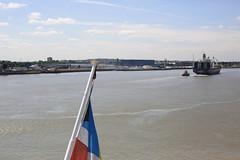 River Thames, London Cruise Terminal, Tilbury (x70tjw) Tags: tilbury london river thames cruiseterminal