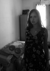 Autoportrait 7 (Chloé Pichouron) Tags: woman selfportrait me myself autoportrait femme young special athome 18yo