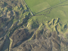 Kilbruar, Sutherland 2009 showing the remains of a possible broch (Historic Environment Scotland) Tags: dp080229 kilbruar sutherland 2009 historicenvironmentscotland hes aerial aerialphotograph rcahms canmore scotland broch archaeology prehistoric