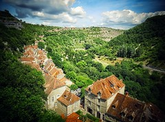 Rocamadour (Missy Jussy) Tags: rocamadour france southwestfrance village rooftops street road views valley hills sky clouds house landscape canon canonpowershotsx60 tourism trip