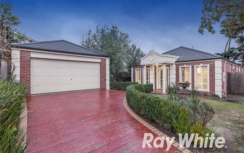13 Castlereagh Pl, Watsonia VIC 3087