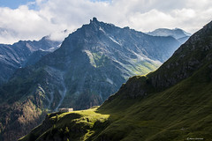 (Marco Ottaviani in the mountains with little acces) Tags: italia italy piemonte piedmont valvaraita varaitavalley chianale colleagnello caserma barrack alpi alps montagna mountain tourreal canon marcoottaviani