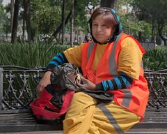 lonche.jpg (Malhayita) Tags: lunch worker break lunchbreak yellow streetphoto streetportrait portrait centrohistorico mexicocity