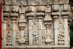 Carvings on Temple Door (VinayakH) Tags: halasurusomeshwaratemple bangalore india ulsoor chola vijayanagaraempire kempegowda hindu shiva temple hinduism
