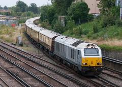 Belmond British Pullman (McTumshie) Tags: 20160910 67014 belmondbritishpullman norwoodjunction norwoodnorthjunction southnorwood class67 locomotive railway train london england unitedkingdom