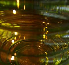 Ook mooi zonder tulpen (Harry -[ The Travel ]- Marmot) Tags: holland detail macro reflection glass colors amsterdam nederland glas reflectie kleuren olympusomdem5 lumixgvario1235f28 allrightsreservedcontactmebyflickrmail