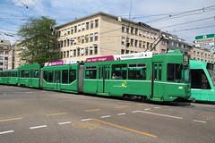 686 (KennyKanal) Tags: tram grn schindler waggon bvb pratteln basler verkehrsbetriebe schienenfahrzeug drmmli guggumere