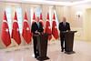 CHP LIDERI BASBAKAN YILDIRIM ILE GORUSTU (FOTO) (Kişisel Photoblog) Tags: siyaset sol sosyal sosyaldemokrasi chp cumhuriyet kilicdaroglu kemal ankara politika turkey turkiye tbmm meclis basbakan binali yildirim cankaya kosk