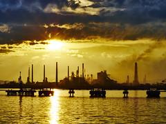 P7020009 (ao2yoshi_f10) Tags: sunset factory
