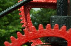 20160625-04_Crane _Cogs_Braunston Marina (gary.hadden) Tags: red crane teeth cogs gears redpaint braunstonmarina