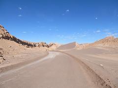 "Le désert d'Atacama: el Valle de la Luna et sa Duna Mayor. <a style=""margin-left:10px; font-size:0.8em;"" href=""http://www.flickr.com/photos/127723101@N04/29149449611/"" target=""_blank"">@flickr</a>"