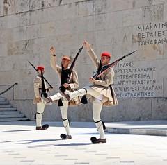 Cambio de Guardia en Atenas (retalesdelmundo.com) Tags: cambiodeguardia atenas grecia