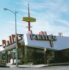 Holly's Restaurant Hawthorne CA - Sign by Electrical Products Corp. (hmdavid) Tags: sign electricalproductscorp neon vintage googie book zeon alanhess hollys hawthorne california restaurant coffeeshop armet davis
