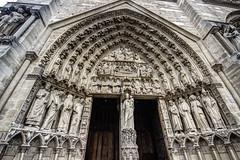PARIGI. NOTRE DAME. (FRANCO600D) Tags: notredame parigi paris france basilica basilicadinotredame portaledellavergine statue bassorilievo religione culto fede altorilievo canon eos600d sigma franco600d