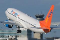 Sunwing Boeing 737-800 C-FLSW (BriYYZ) Tags: 737 yul sunwing cflsw