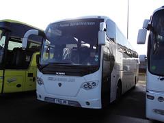 YT11 LUR  CAVENDISH LINER (Yorkshire Lass Born & Bred) Tags: park london coach battersea cavendish liner lur yt11