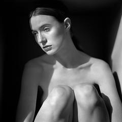 Andrea_Margaret_008 (patofoto) Tags: blackandwhite bw woman 6x6 film nude square kodak trix hasselblad squareformat diafine artisticnude digitalnegative femenine hasselblad203fe