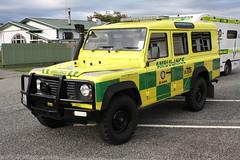 WD 2870 (ambodavenz) Tags: fourwheeldrive 4wd stjohnambulance greymouth ambulance newzealand westcoast stjohn landrover defender