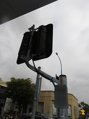 Traffic Lights on 'Crank Arm'. (RS 1990) Tags: unleyrd malvern adelaide southaustralia thursday 28th july 2016 parkst junction wattlest trafficlights aldridge crankarm