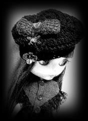 Noir Evie (redlizzy2) Tags: bw handmade crochet hats blythe handmadeclothes