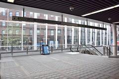DSC_1456 (billonthehill2001) Tags: boston subway mbta governmentcenter greenline blueline