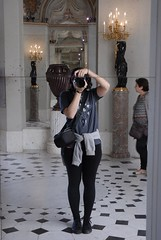 The girl with the camera (Erla Morgan) Tags: erlamorgan justme me girl camera louvre
