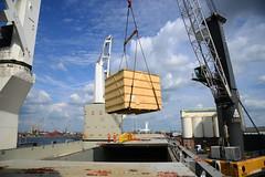 Chipolbrok Pacific (DST_8744) (larry_antwerp) Tags: chipolbrok chipolbrokpacific 9710177 breakbulk crate kist antwerp antwerpen       port        belgium belgi          schip ship vessel