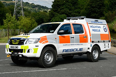 MX65 GWO 01 (IainDK) Tags: calder valley search rescue team toyota hi lux hilux pick up systems pickup mountain mrt mrc sar ambulance imageall