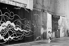 jersey shore shuffle (mfauscette) Tags: 35mm fsc ishootfilm istillshootfilm kodak kodakportra800 nikon nikonf6 analog asburypark blackandwhite film filmisnotdead filmshooterscollective jerseyshore street