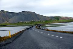 Grundarfjörður - 1/420 - f/6.4 - 44.4 mm (67 mm)