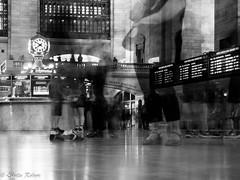 Grand Central Terminal-2 (estellerobertnyc) Tags: grandcentralterminal manhattan nyc newyork usa blackandwhite noiretblanc