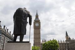 Big Ben, London, United Kingdom (Tiphaine Rolland) Tags: uk england sculpture london clock statue nikon unitedkingdom bigben churchill londres gb angleterre 1855mm horloge 1855 houseofparliament houseofcommons 2016 royaumeuni grandebretagne d3000 nikond3000