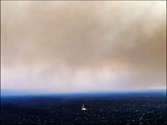 Samos burns (Insempià) Tags: sea mare incendio fumo seascape paesaggio nave barca ship