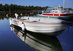 SeaNymph (Sampsa Kettunen) Tags: seanymph sea nymph meri vene boat canon canonkuvaa canonkes canoneos6d pitknsillanranta hakaniemi reflection lovesreflection lovesreflections heijastus vehicle