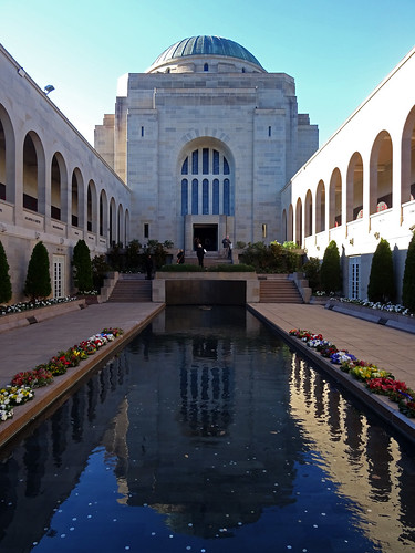 Lest we forget - Australian War Memorial