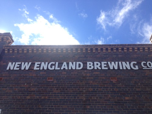 "New England Brewery sign <a style=""margin-left:10px; font-size:0.8em;"" href=""http://www.flickr.com/photos/131123613@N03/16600469437/"" target=""_blank"">@flickr</a>"