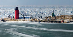 Ice Packed (Tom Gill.) Tags: winter lighthouse lake snow ice pier frozen michigan lakemichigan greatlakes southhaven lighthousetrek