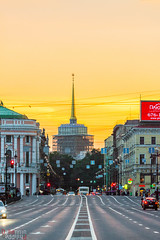 Nevski Prospekt, Saint Petersbourg (Philippe Dehennin) Tags: street avenue rue nuit russie saintpetersbourg