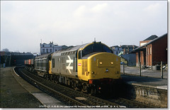37699 heads north through Lawrence Hill, April 3rd 1986 (Bristol RE) Tags: bristol 37 syphon class37 6953 lawrencehill railfreight 37699 37253 d6953