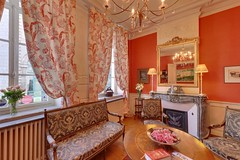 "Le Salon des Quatre Saisons <a style=""margin-left:10px; font-size:0.8em;"" href=""http://www.flickr.com/photos/130830845@N06/17149623975/"" target=""_blank"">@flickr</a>"