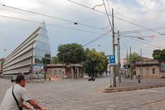 Porta Volta & Fondazione Feltrinelli, Milano, Italia (B Plessi) Tags: porta volta fondazione feltrinelli piazza baiamonti milano milan italia