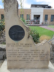 Otter Massacre monument (Joel Abroad) Tags: idaho oregontrail owyheecounty courhouse monument ottermassacre 1935 1860