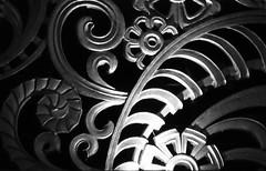 Gwaith haearn / Ironwork, Odeon*, Blackpool (1938-9, Bullivant) (Rhisiart Hincks) Tags: blackpool artdeco funnygirls odeon pensaernaeth arkitektura architecture adeiladouriezh ailtireachd pennserneth sirgaerhirfryn fyldecoast lancashire lloegr powsows england sasana brosaoz ingalaterra angleterre inghilterra anglaterra  angletrra sasainn  anglie ngilandi fylde holidayresort cyrchfangwyliau cinema theatr teatr taighcluiche theatre choariva schouwburg antzoki duagwyn gwennhadu dubhagusgeal dubhagusbn zuribeltz czarnobiae blancinegre blancetnoir blancoynegro blackandwhite  bw feketefehr melnsunbalts juodairbalta negruialb siyahvebeyaz rnoinbelo    zwartenwit mustajavalkoinen crnoibelo ernabl schwarzundweis
