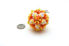 Curly Sonobe (Akizhi) Tags: art paper origami craft modular kusudama