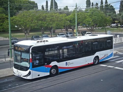 Atomic Urb Mercedes OC500LE 324 de Lisboa Transportes.