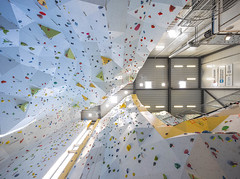 Hauglandsveggen, Haugesund, Norway (Sindre Ellingsen -sindreellingsen.com-) Tags: norway scandinavia europe recreation rogaland haugesund steel tata abhb akkitekter architects climbing hall sport