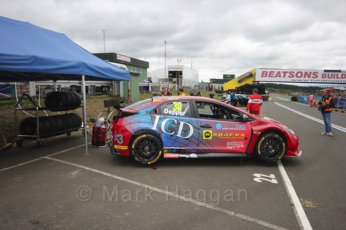 Martin Depper on the grid during the BTCC Knockhill Weekend 2016